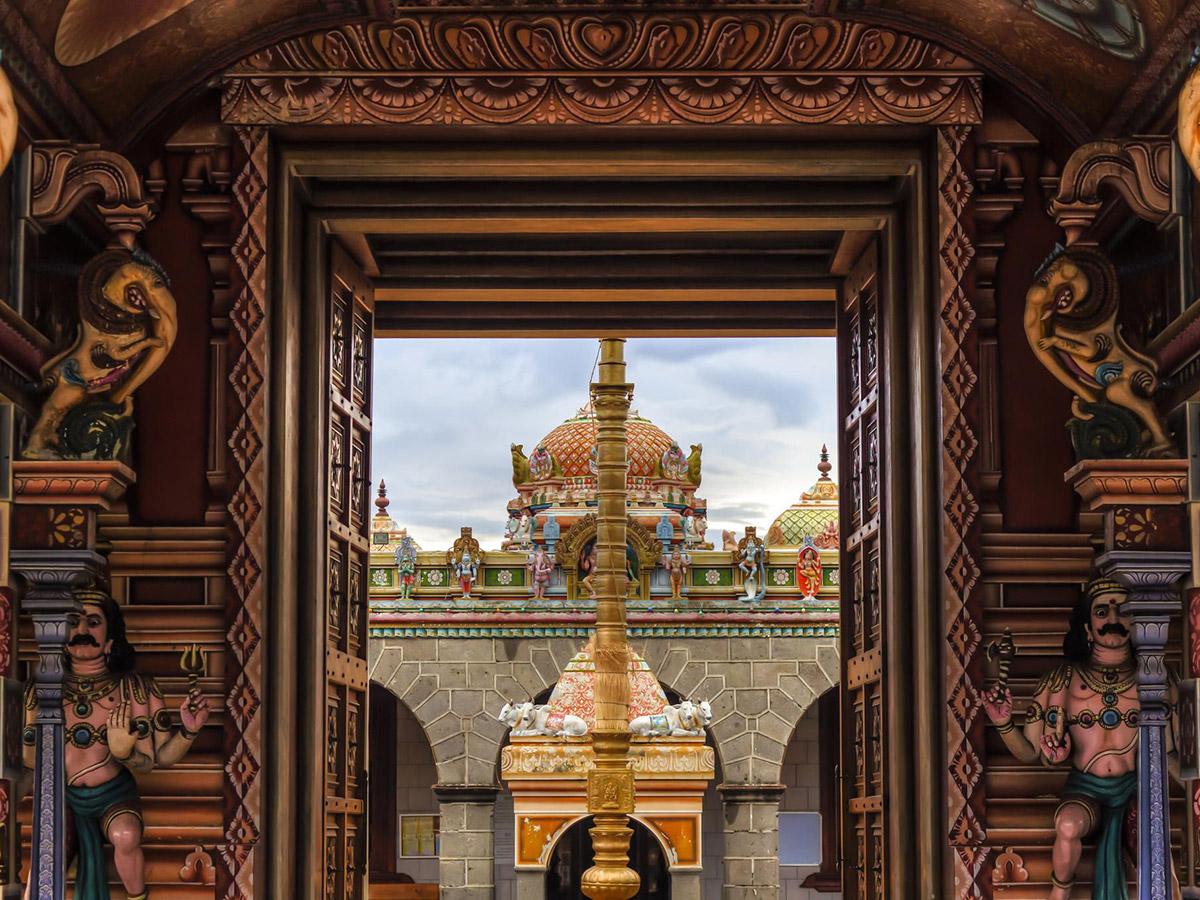 Le temple Kaylasson vu de l'intérieur