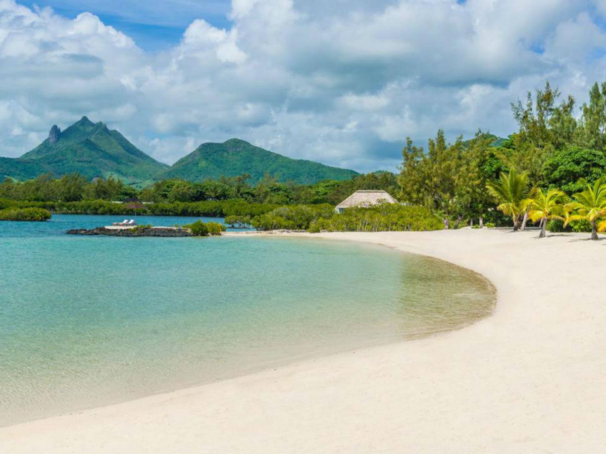 La superbe plage de l'hôtel, un décor idéal pour une chasse au trésor