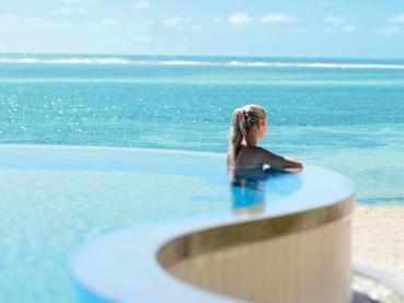 Profitez d'une vue infinie sur l'océan depuis l'hôtel Ambre