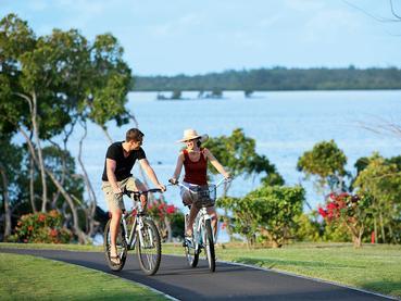 Balade à vélo à l'Anahita The Resort à Beau Champ