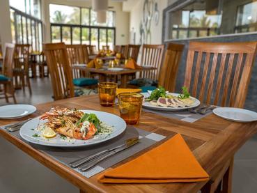 Le restaurant du Be Cosy situé à Trou aux Biches