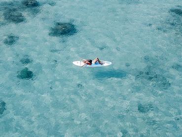 Profitez des eaux cristallines du Canonnier Beachcomber