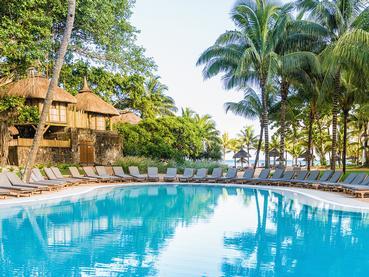 Profitez de la belle piscine du Canonnier Beachcomber