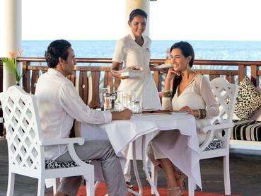 Spécialités locales au restaurant Le Phare du Club Med