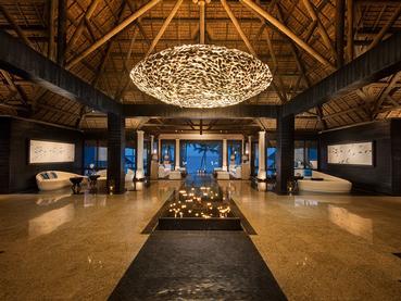 Le lobby de l'hôtel Constance Belle Mare Plage