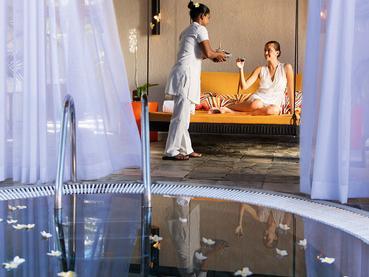 Détente et relaxation à l'hôtel Constance Belle Mare Plage