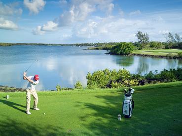 Les férus de golf pourront s'adonner à leur passion au Constance