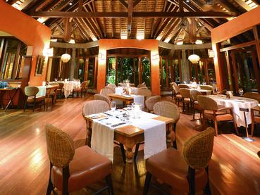 Le restaurant Harmonie du Dinarobin Beachcomber