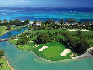 Le Dinarobin met à votre disposition un magnifique parcours de golf