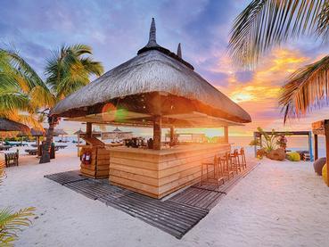 Butik Bar de l'hôtel Dinarobin situé à l'île Maurice