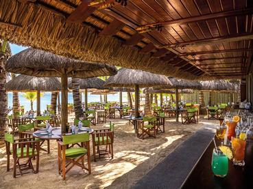 Le restaurant La Plage de l'hôtel Dinarobin