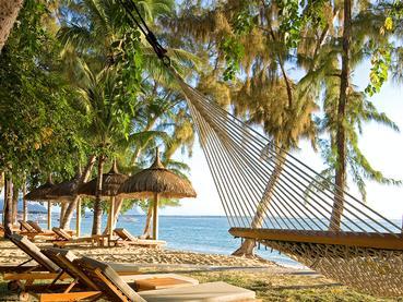 Détente sur la belle plage de l'hôtel Hilton à Flic en Flac