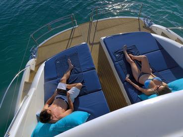Explorez les eaux mauriciennes à bord du yacht privé The Royal Princess