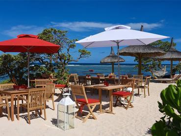 Mangez les pieds dans le sable à La Maison d'Été à l'île Maurice
