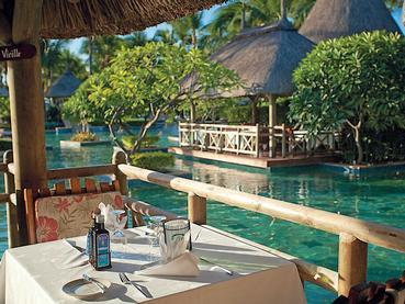 Le restaurant Magenta Seafood de l'hôtel La Pirogue