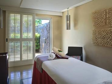 Profitez des somptueux soins du spa de La Pirogue