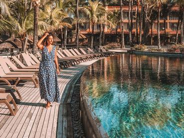 Profitez de la belle piscine du Mauricia Beachcomber