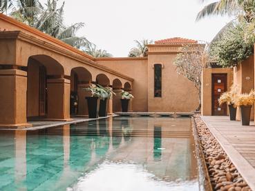 La piscine du spa de l'hôtel Mauricia Beachcomber