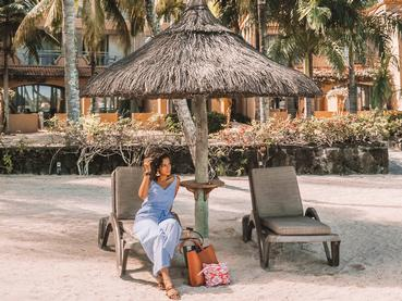Détente à l'ombre au Mauricia Beachcomber
