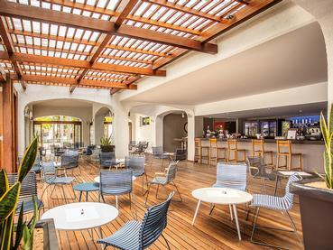 Le Bay Watch Bar du Mauricia Beachcomber Resort