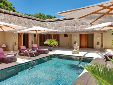 La piscine du spa de l'hôtel 5 étoiles Constance Le Prince Maurice