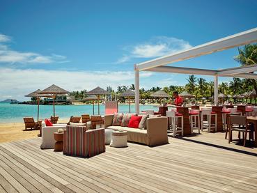 Le restaurant Beach Rouge du LUX* Grand Gaube