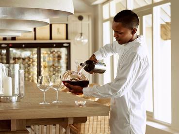 Une large selection de vins vous attend au LUX* Grand Gaube