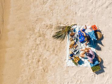 Pique niquez sur la sublime plage du LUX* Le Morne