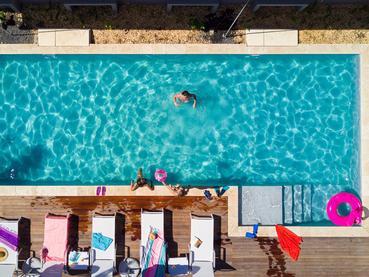Profitez de la superbe piscine du Club House du Marguery Exclusive Villas
