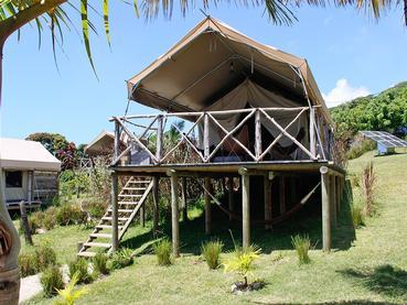 Extérieur d'une tente d'Otentic Eco Tent Experience