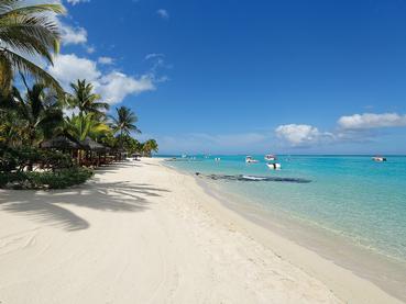 La superbe plage de l'hôtel Paradis situé au Morne