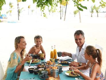Profitez de repas privilégiés en famille au Radisson Blu