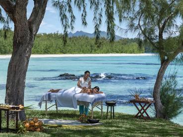 Massage en plein air au Shangri-La Le Touessrok Mauritius