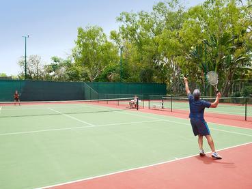 Le court de tennis de l'hôtel The Ravenala Attitude