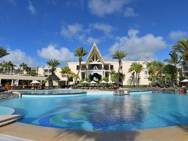 La piscine de l'hôtel The Residence Mauritius