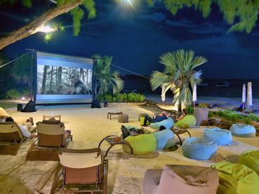 Le cinéma en plein air du Residence Mauritius à Belle Mare