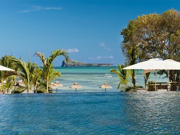 La piscine du Zilwa Attitude, un hôtel à l'âme mauricienne d'antan